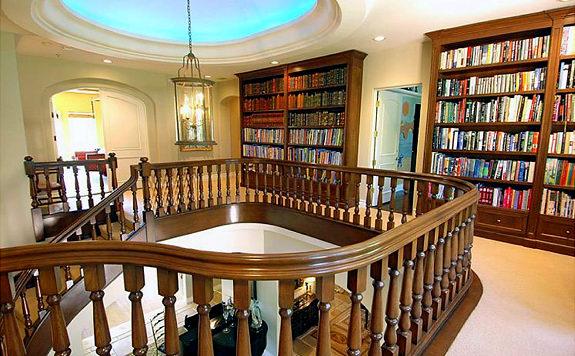 The library of (wait for it) Paris Hilton